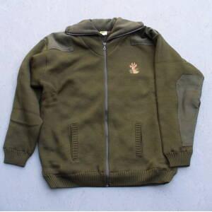 949fb42d8f31 Zateplený sveter na zips s poľovníckym motívom - olivový